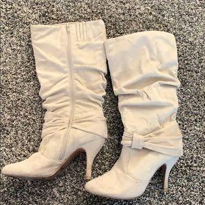 Beige boots with heels